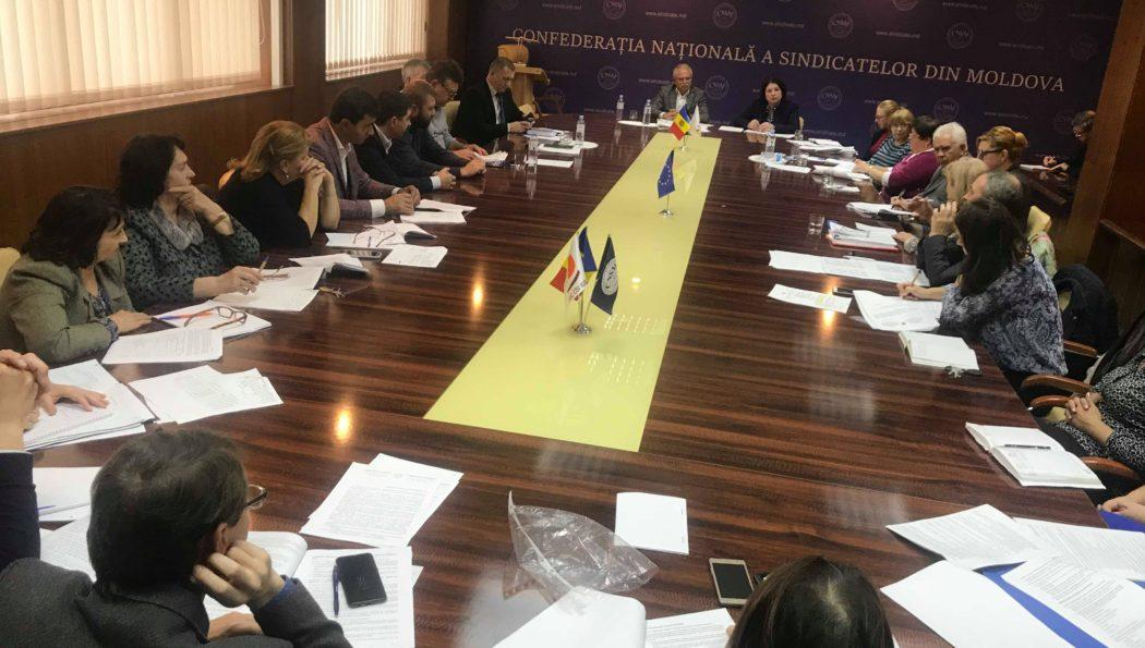 Sindicaliștii din Federația SINDASP s-au expus asupra proiectului de lege privind sistemul unitar de salarizare în sectorul bugetar