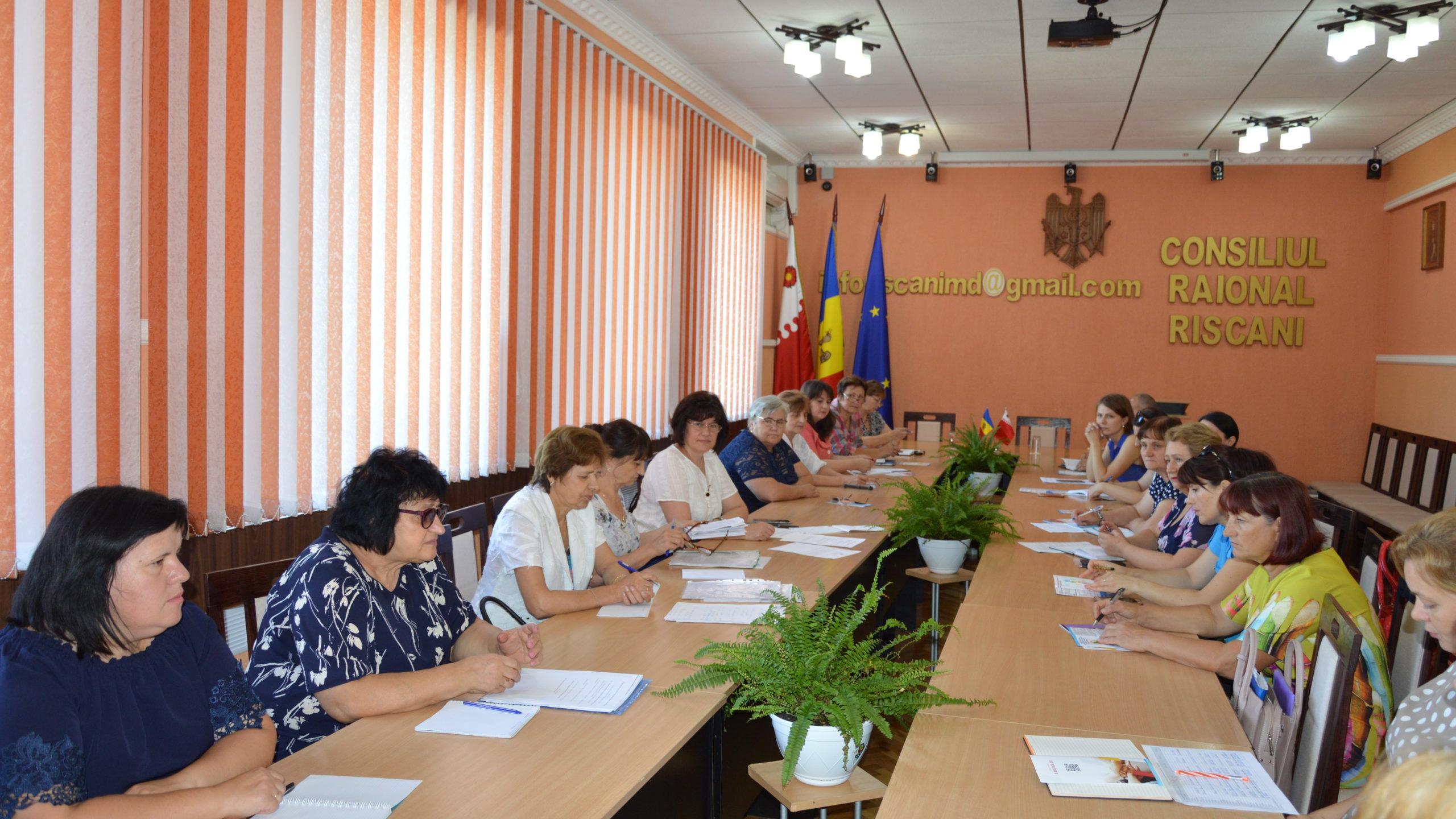 Campania «Salariații spun DA sindicatului» în asociațiile sindicale Rîșcani și Dondușeni