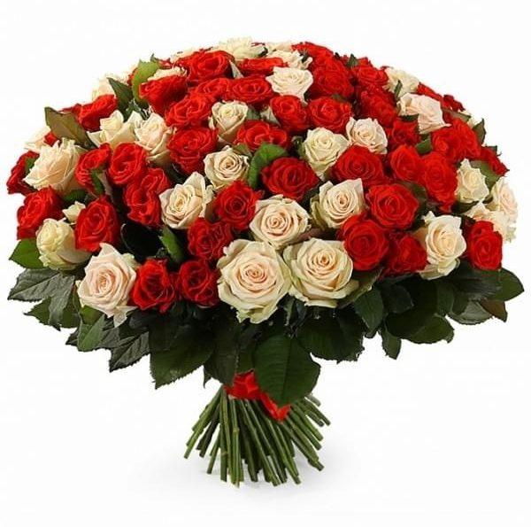 La mulți ani, domnule Președinte al Federației Sindicatelor Angajaților din Serviciile Publice din Moldova dl Vlad Canțîr